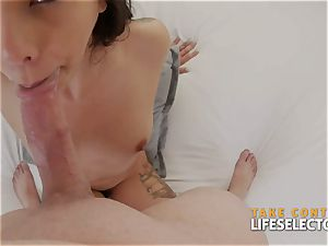 CumHungry FuckBabes enjoy meatpipe