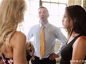 Brandi enjoy lets ho-bo Abbey Lee Brazil penetrate her dude