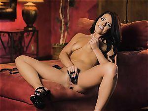 Adriana Chechik red-hot solo masturbation session
