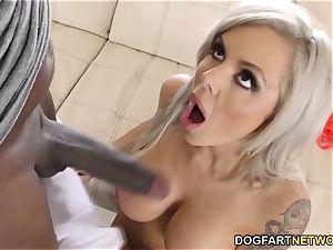busty cougar Nina Elle squirts On Mandingo's big black cock