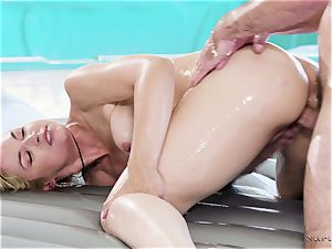 big-titted masseur In act