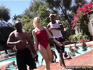 Swim teacher Dahlia Sky bj's many ebony rods