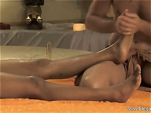 private ass fucking rubdown For Bronze sweetie