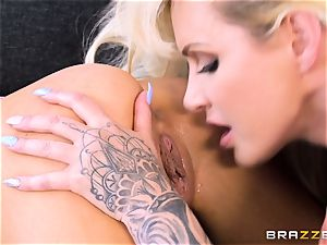 mummy and nubile Elsa Jean with Ryan Connor
