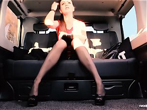 boinked IN TRAFFIC - british Tina Kay torn up in the car