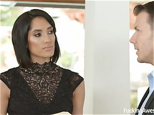 FuckingAwesome Chloe Amour gets smashed by MMA fighter