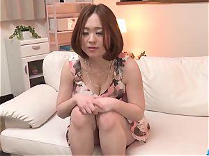 Doremi Miyamoto nailed in a kinky three and made to swall