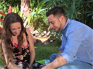 Facade Sn four go on a molten picnic with jaw-dropping Cassidy Klein