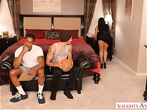 India Summers threesome game