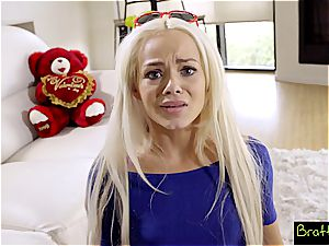 Bratty sis - LilSis Falls For Bros VDay Surprise S4:E4