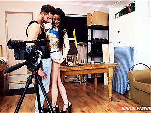 nasty british ultra-cutie Alessa Savage needs boner