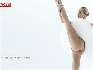 Czech ballerina opens up before strenuous intercourse with paramour
